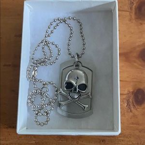 🎸Stainless Steel Skull and Crossbones Dog Tag